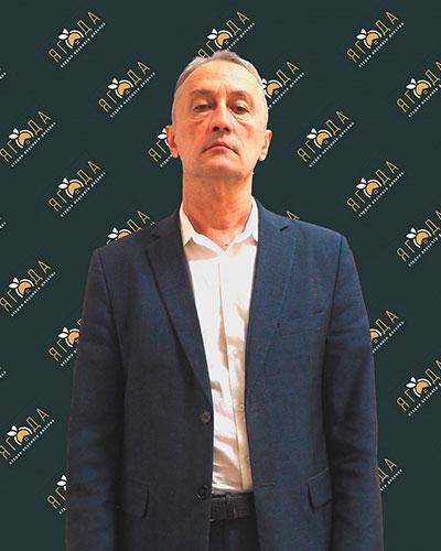 Нафис<br> Садыков