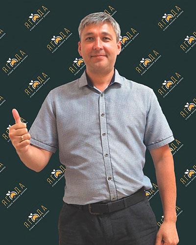 Руслан <br> Игнатьев
