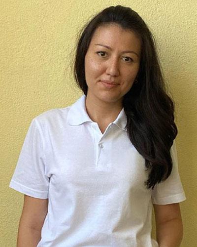 Шакирова <br>Зарина
